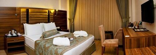 Hotel Adanava, Yüreğir