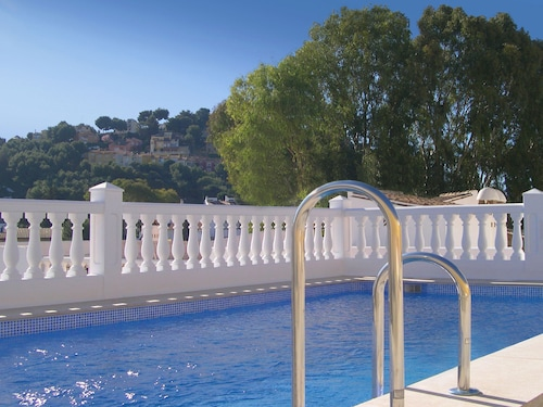 __{offers.Best_flights}__ Apartamentos Turisticos La Mundial