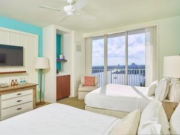 Sunset Intracoastal View 2 Queen Beds