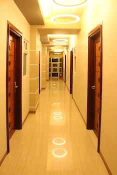 Klm Condotel Angeles Hallway
