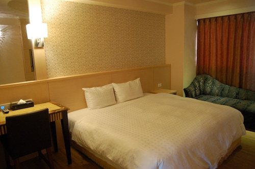 Paris Hotel, Kaohsiung