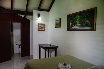 Two Bedrooms Cottage 16X