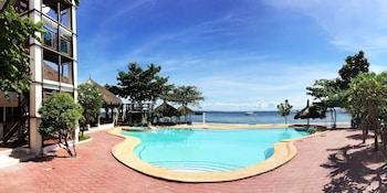 Blue Garden Resort Cebu Outdoor Pool