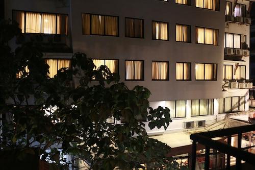 Katmandu - Hotel Holy Himalaya - z Warszawy, 5 kwietnia 2021, 3 noce