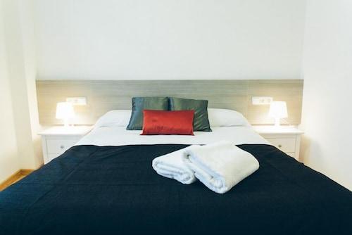 Alicante - Apartamentos Artilleros - z Warszawy, 16 kwietnia 2021, 3 noce