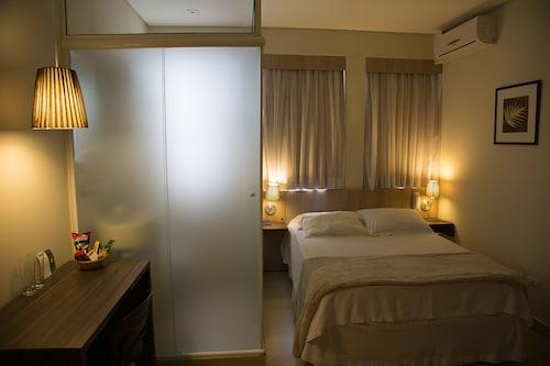 Hotel Eilat, Curitiba