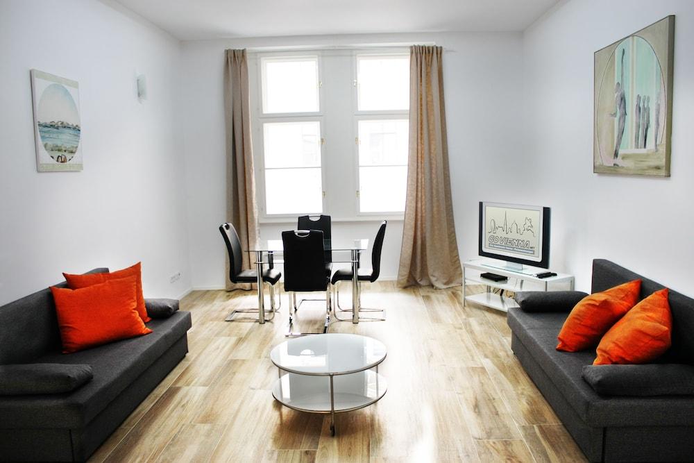 GoVienna Luxury Oldtown Apartments
