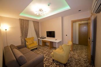 Golden Deluxe Hotel - Guestroom  - #0