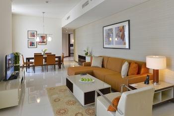 Executive Suite, 2 Bedrooms, Kitchen