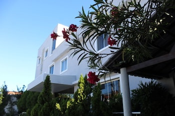 蒙泰塞機場星辰飯店 Hotel Aeroporto Montese Star