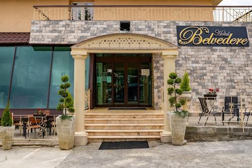 . Hotel Belvedere Predeal