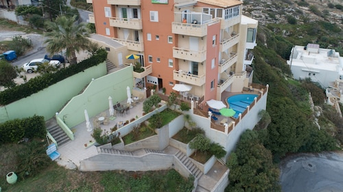 Eliza Apartments, Crete