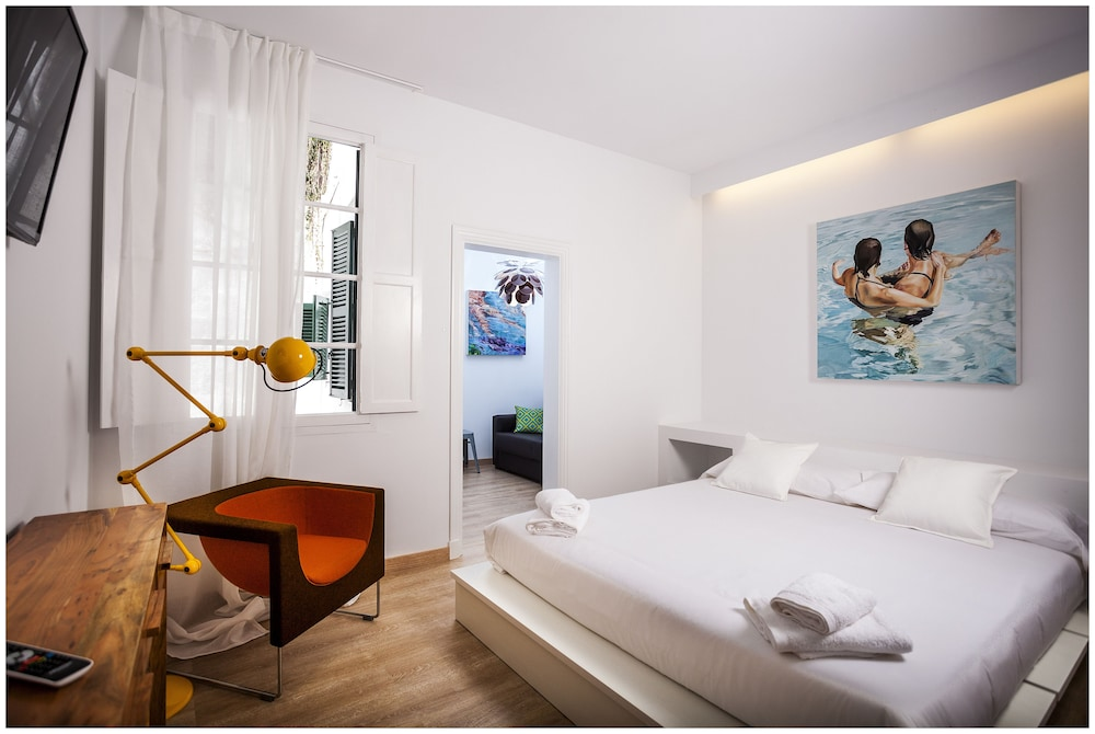 Cheap&Chic Hotel, Imagen destacada