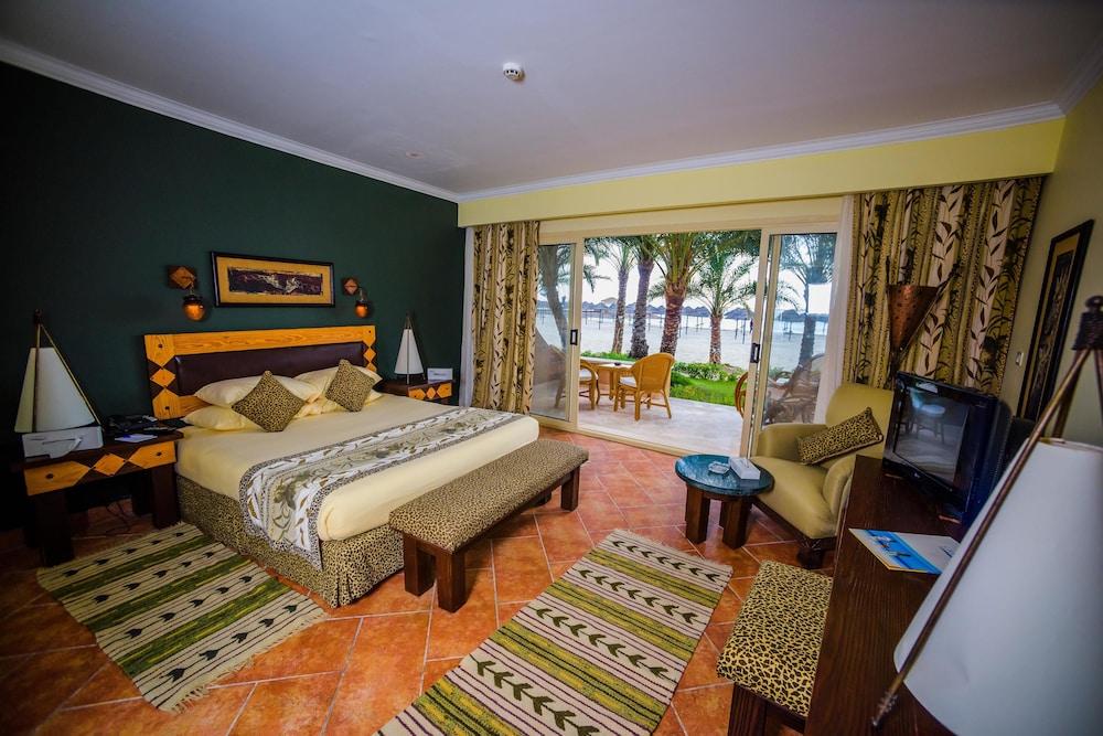 Carols Beau Rivage Hotel, Marsa Matruh