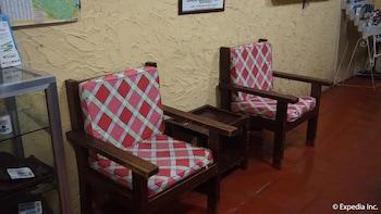 Phoenix Hotel Clark Lobby Sitting Area