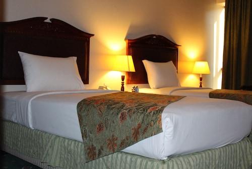 Dubaj - Mount Royal Hotel - z Wrocławia, 5 kwietnia 2021, 3 noce