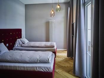 Standard Tek Büyük Yataklı Oda, Dağ Manzaralı (small)