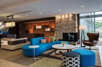 勞德代爾堡彭布羅克派恩斯費爾菲爾德套房飯店 Fairfield Inn & Suites Fort Lauderdale Pembroke Pines