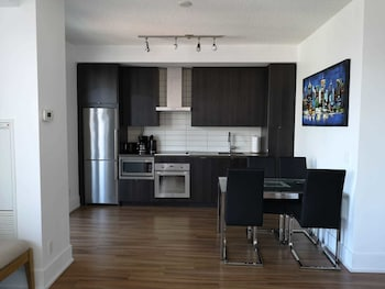 Apartment, 2 Bedrooms (Traditional + Open Concept with No Door), Non Smoking, City View