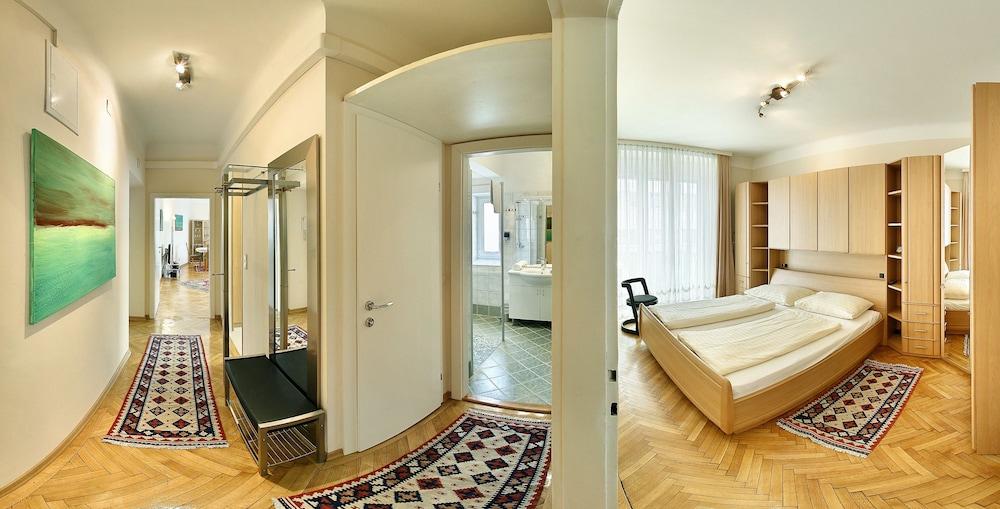 Central Apartments Vienna (CAV)