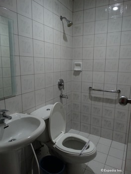 HOTEL SOGO EDSA HARRISON Bathroom