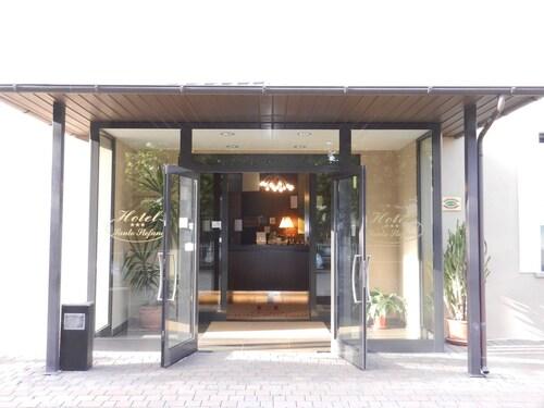 . Hotel Santo Stefano