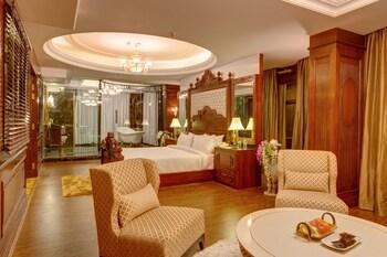 Ramada Plaza Chandigarh Zirakpur - Guestroom  - #0