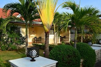Olivia Resort Homes Bohol Garden