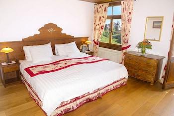 Tek Büyük Veya İki Ayrı Yataklı Oda, Dağ Manzaralı