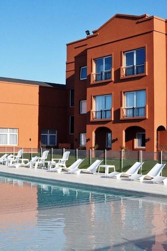 Howard Johnson Hotel & Resort Funes, Rosario