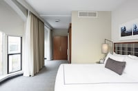 Executive Corner Room, 1 King Bed