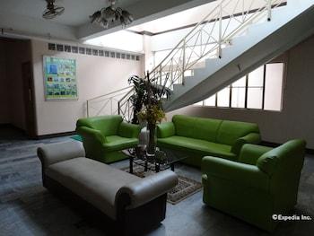 Gv Hotel Davao Lobby Sitting Area