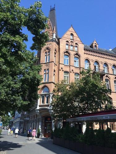 Residence 1898, Warsaw