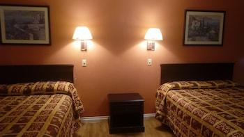 Family Double Room, 2 Queen Beds