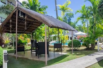 Alona Northland Resort Bohol Gazebo