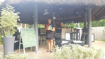 Alona Northland Resort Bohol Poolside Bar