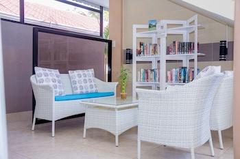 Alona Northland Resort Bohol Library