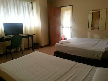 Mactan Pension House Guestroom
