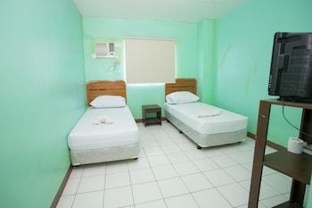 GV Hotel Dipolog Room
