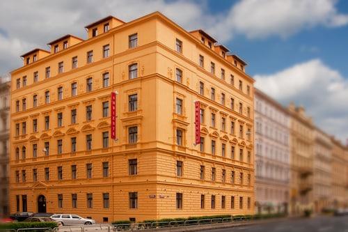 Praga - Hotel Ambiance - z Warszawy, 27 marca 2021, 3 noce