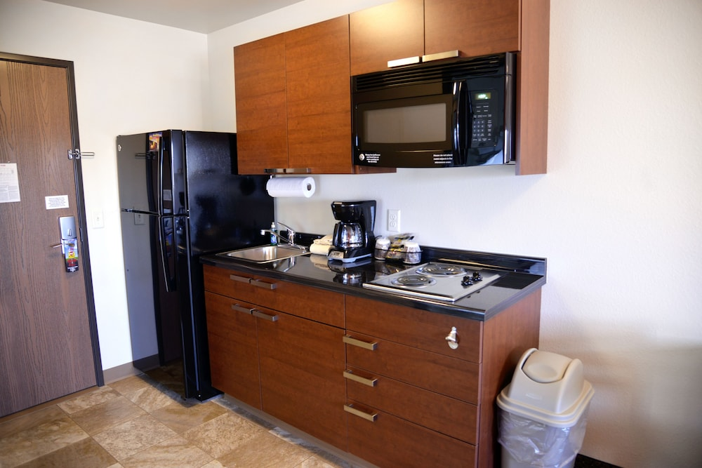 Room : In-Room Kitchenette 33 of 75