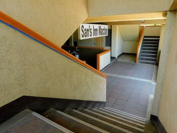 San's Inn Mactan Lobby