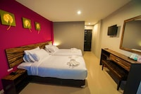 Superior Twin Bed With Airport Transfer