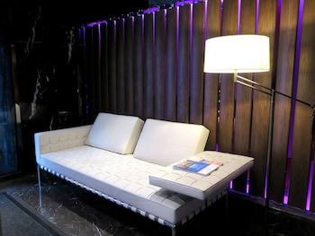 ホテル プラボ香港 (香港宝御酒店)