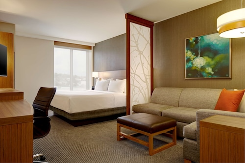 . Hyatt Place New York/Yonkers