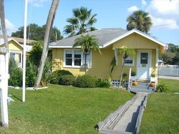 Sunshine Cozy Cottages