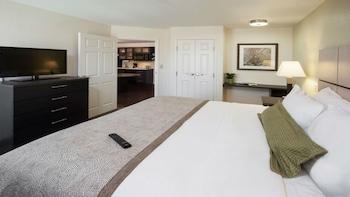 Suite, 1 Bedroom (1 King Bed, Sofa Bed)