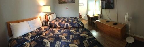 The Port-O-Call Inn & Suites, Nanaimo