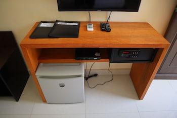 Domicilio Lorenzo Apartelle Davao Safe
