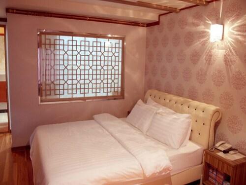 Hotel Lynn House, Jeonju